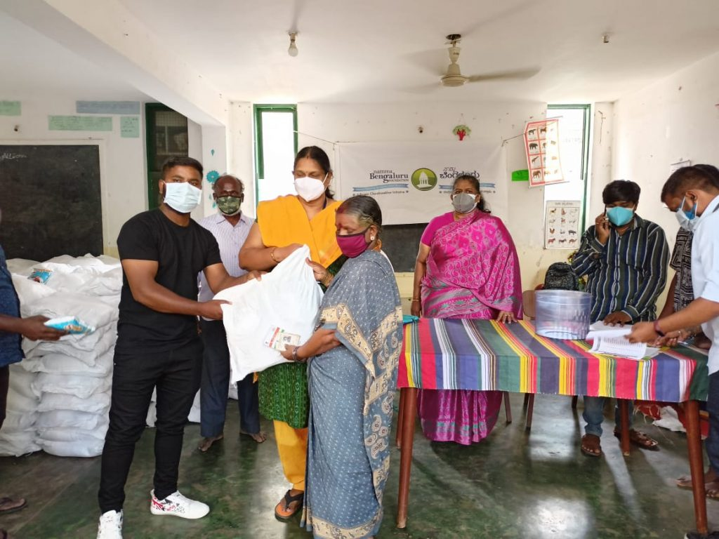 Distribution of 600 Grocery Kits to the residents of Ambedkar Nagar, Old Bypanahalli in association with AVAS 1